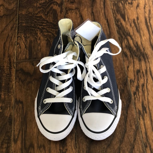 New with tags! Converse Chuck Taylor Allstar NWT
